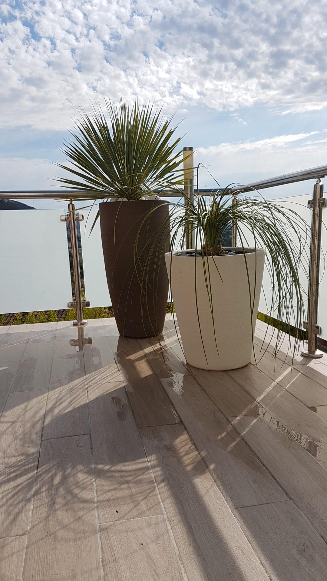Aménagement extérieur Pots - Marseille La Valentine ©PA